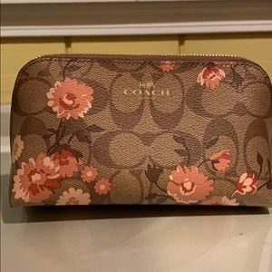NEW COACH COSMETIC CASE 17 IN SIGNATURE CANVAS